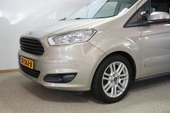 Ford-Tourneo-3