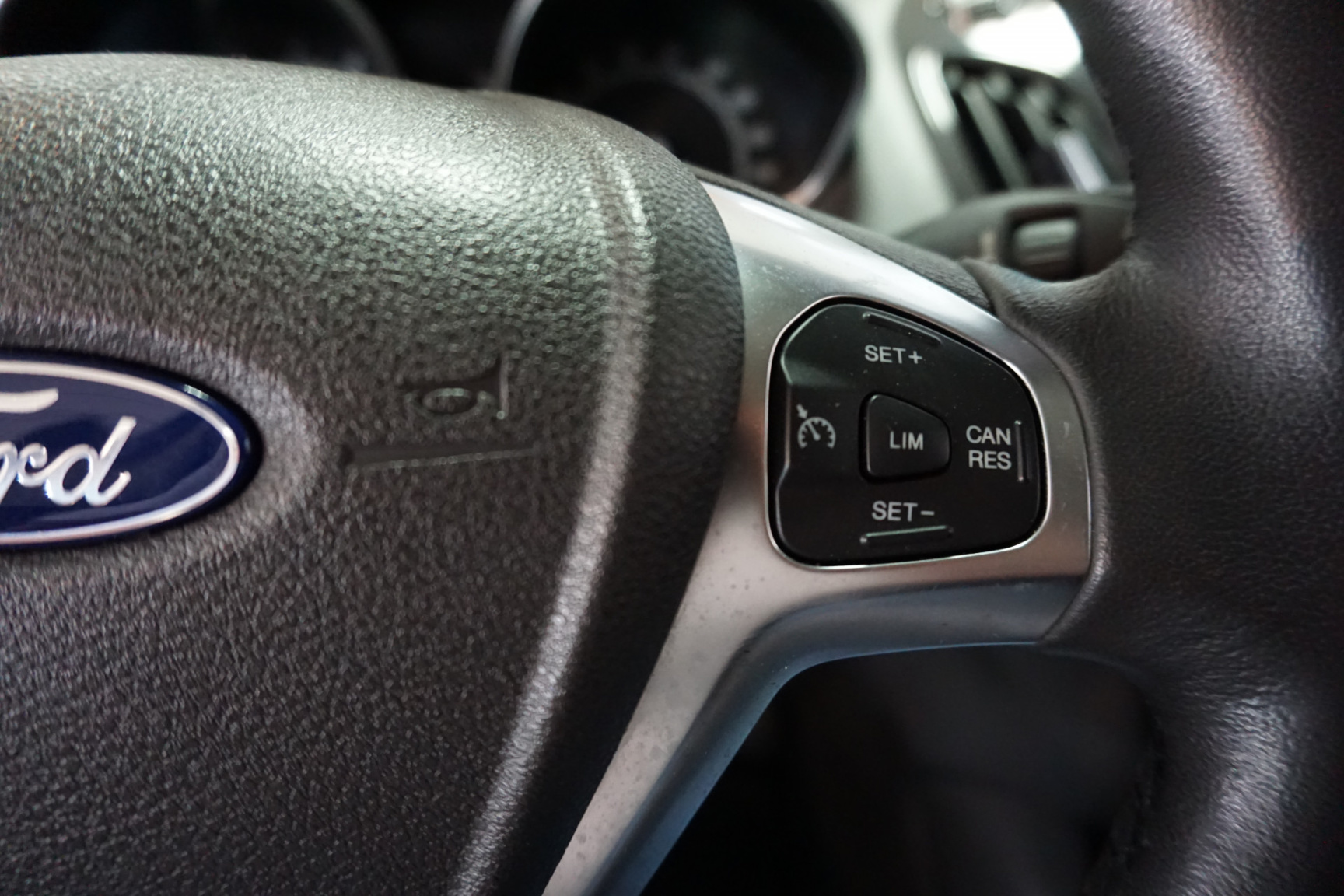Ford-Tourneo-28