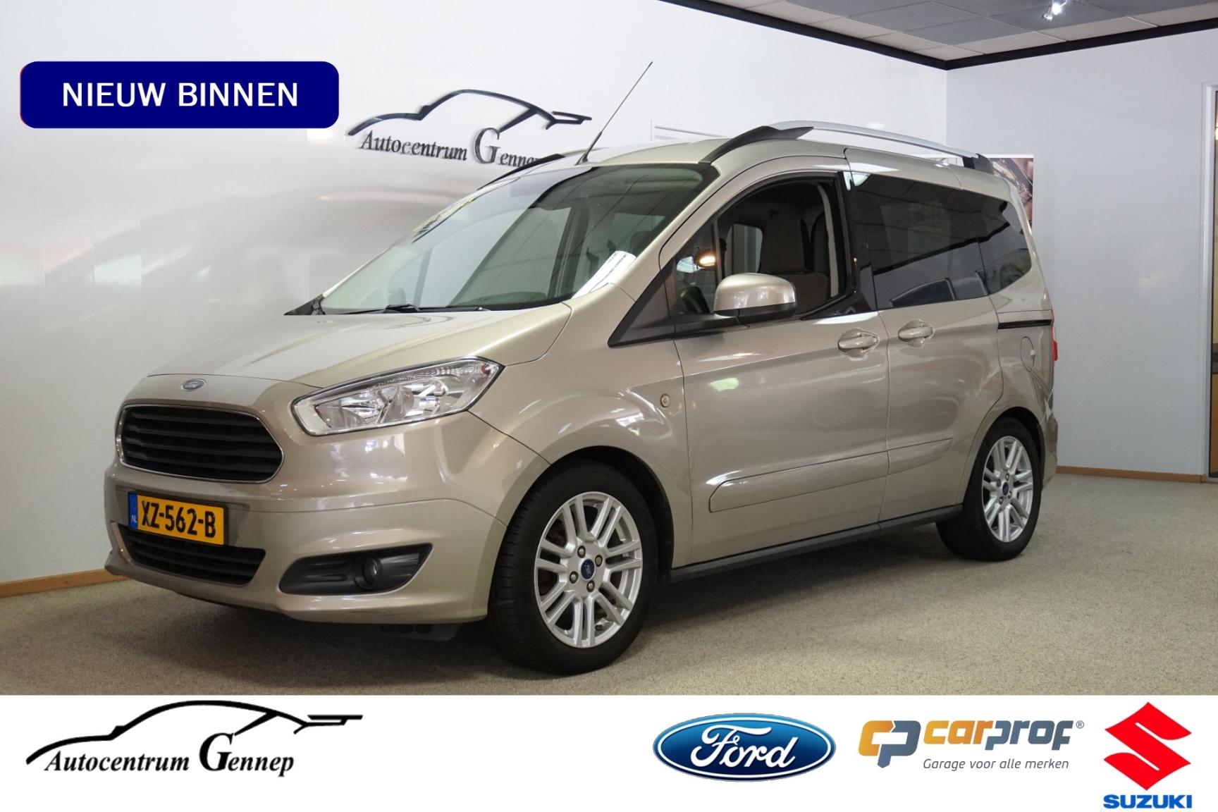 Ford-Tourneo-0