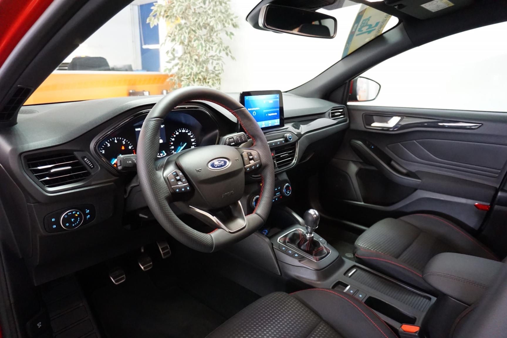 Ford-Focus-21