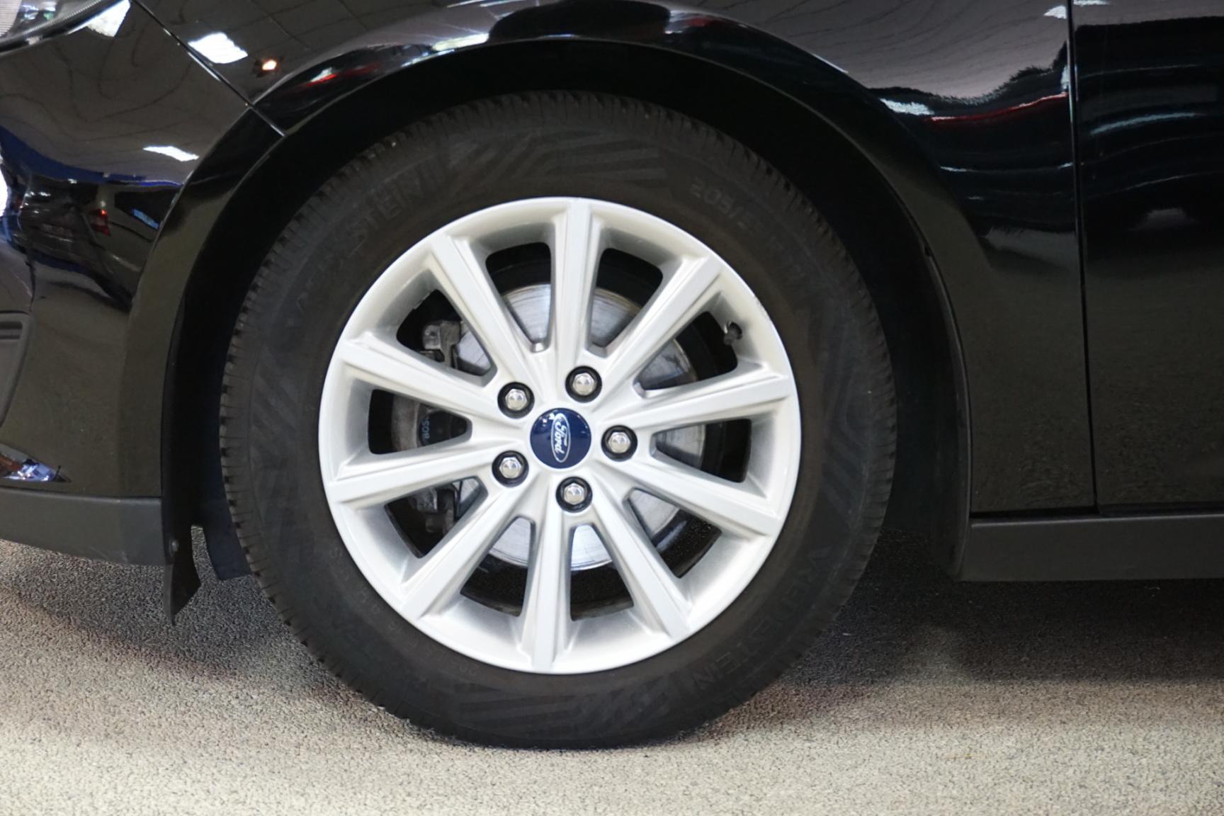 Ford-Focus-9