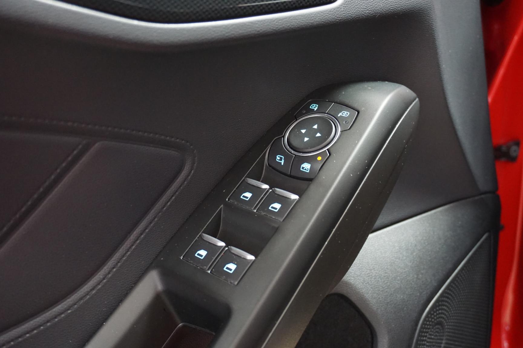 Ford-Focus-22